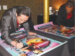 Miami-Conn-Poster-signing